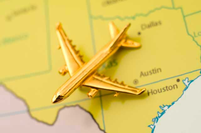In 2015 more than 11M passengers traveled throught the Austin airport.